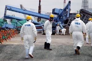 Inspectores del OIEA en Fukushima
