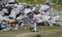Dos investigadores holandeses en la cantera de Koskobilo