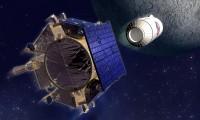 Recreación del lanzamiento de un proyectil contra la Luna en 2009 por la misión LCROSS
