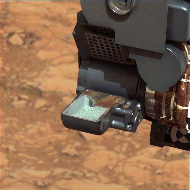 Imagen de la muestra de roca triturada del 'Curiosity'.