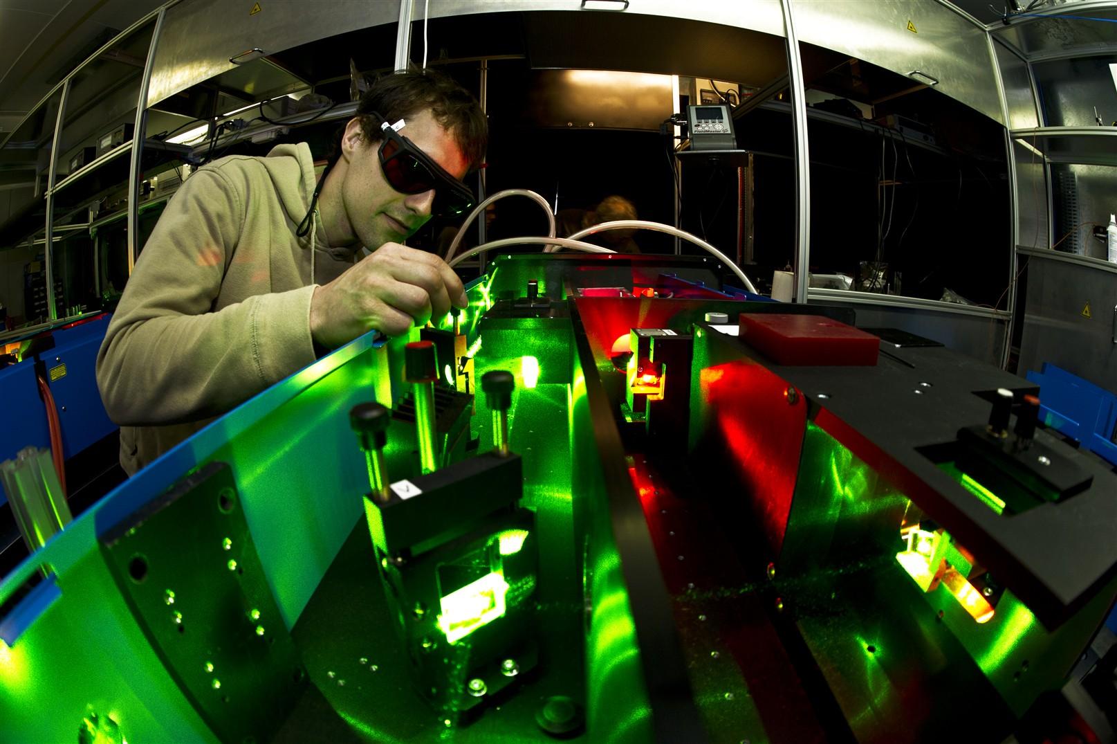 El elemento qumico ms raro del planeta se postula para vencer al instalacin urtaz Gallery
