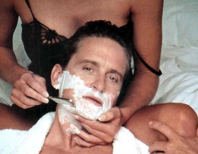 El actor Michael Douglas, en una escena de 'Instinto básico'