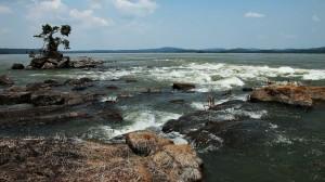 Los rápidos del río Tapajós, en el Parque Nacional del Amazonas, que se inundarán con la construcción de la central hidroeléctrica de São Luiz do Tapajós