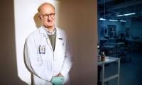 El investigador Per Hall, en el Instituto Karolinska (Suecia).